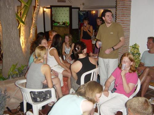 lrg-30-fiesta_en_la_escuela_3_600x450