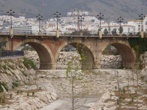 lrg-92-puente_de_nerja_600x450
