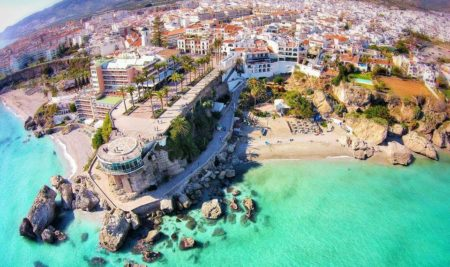 Holidays in Nerja: 10 Tips to study Spanish in Nerja