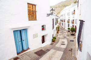 Walking around Frigiliana and discovering the Spanish History.